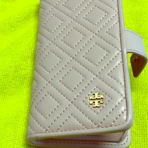 Gorgeous Tory Burch Iphone Case